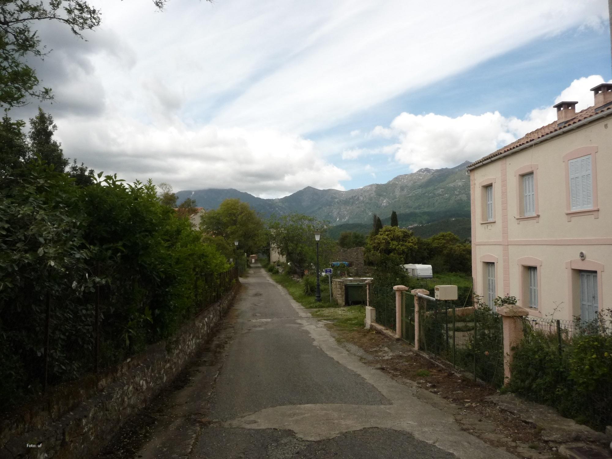 Schöne Aussichten Richtung Hochgebirge