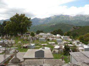 Ehrfürchtige Stille und grandiose Ausblicke beim Dorf Prunelli-di-Fiumorbo