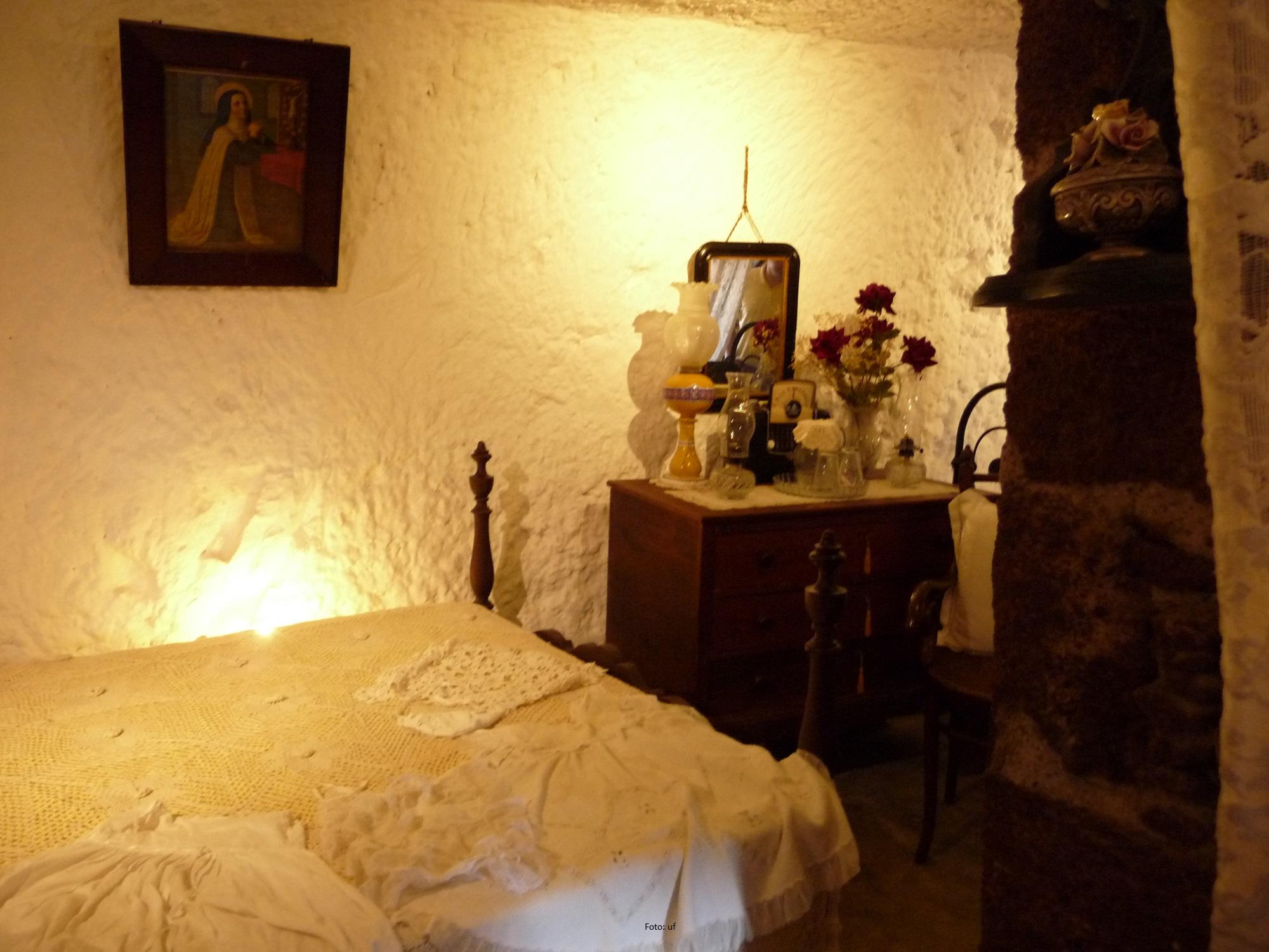 Höhlenwohnung Artenara - Schlafzimmer