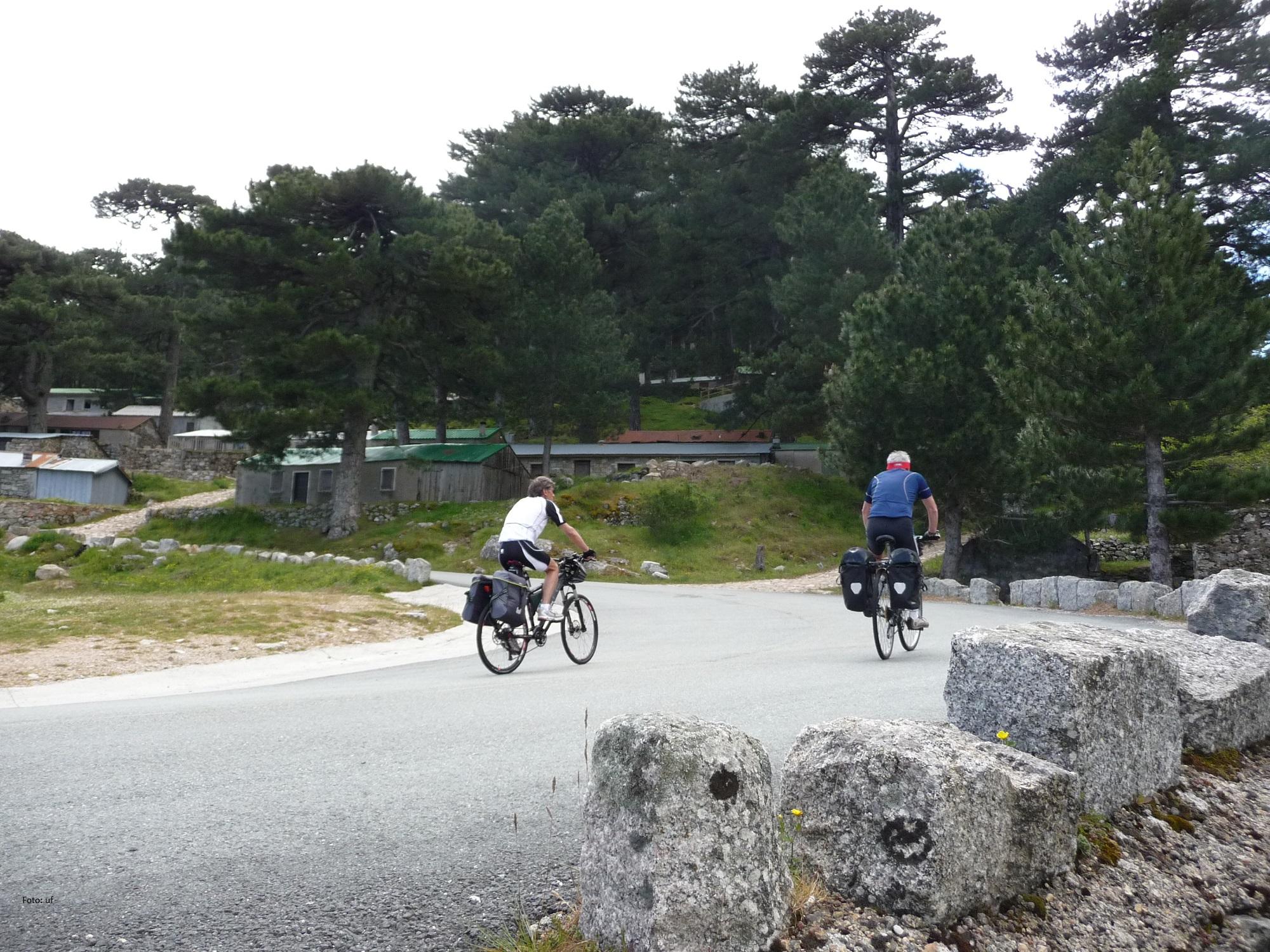 Im Inselinneren kreuzt immer wieder der GR20 Wanderweg und ehrgeizige Radfahrer...
