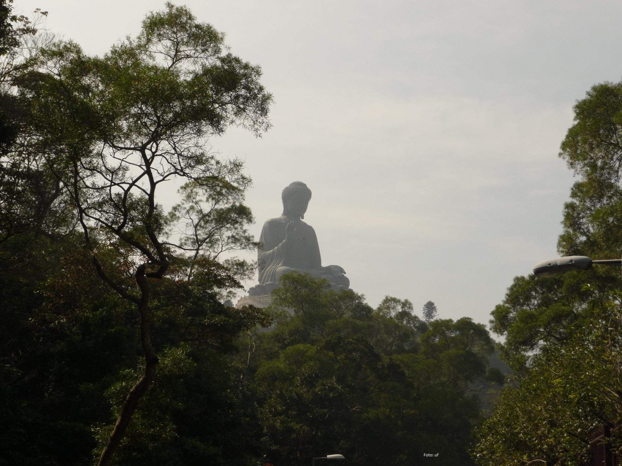 Big Buddha - 26 m hohe Statue