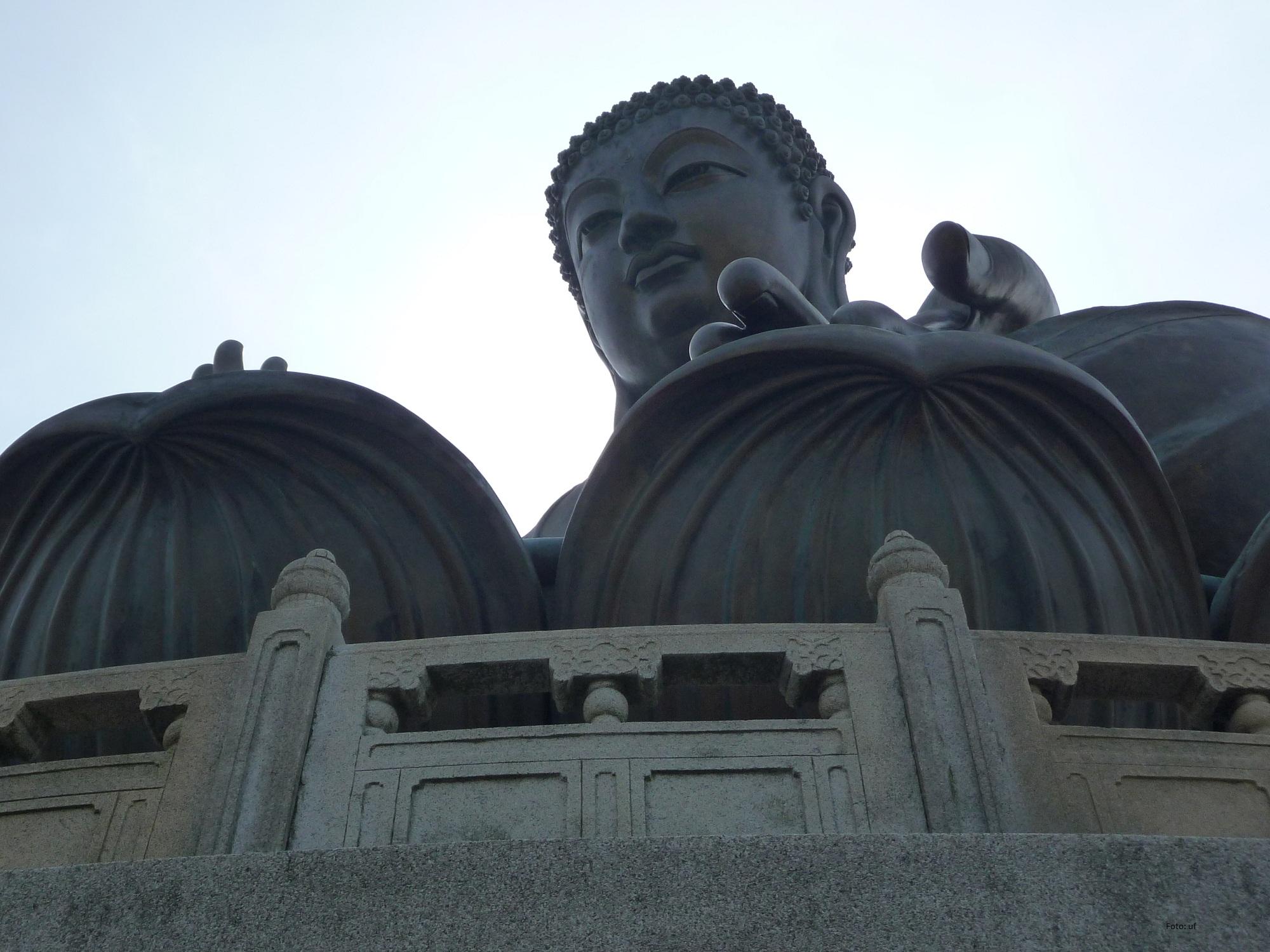 Die Buddha-Statue die von den Mönchen des Klosters gegenüber sehr verehrt wird