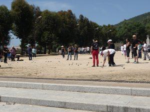 """Boule - eigentlich """"Kugelsportarten"""", das Spiel auf öffentlichen Plätzen heißt bei den Franzosen eigentlich """"Pètanque"""""""