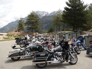 Immer wieder begnen einen Motorradfreaks auf Korsika, die Strecken und Landschaften laden ja auch dazu ein