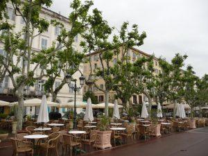 Restaurants am Hafen von Bastia