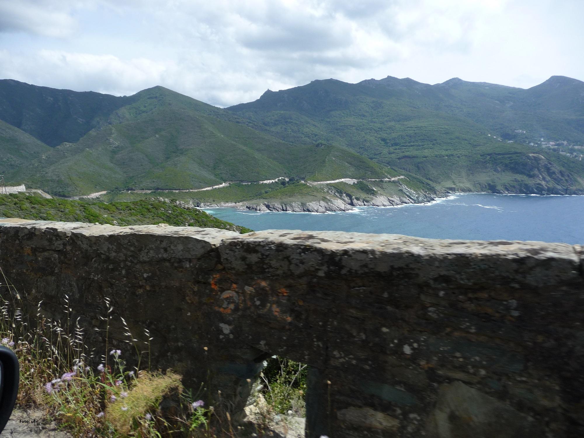 Küstenstraße vom Cap Corse Richtung Nonza