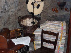Höhlenwohnungen in Artenara - Singer-Nähmaschine