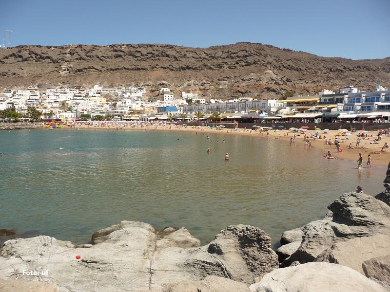Blick über die Bucht von Puerto de Mogàn